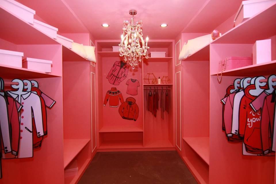 讓女孩尖叫的粉紅衣帽間
